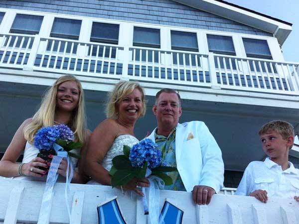 beach-house-wedding
