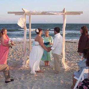 beach-wedding-arch