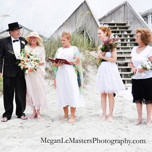 beach-wedding-top-hat