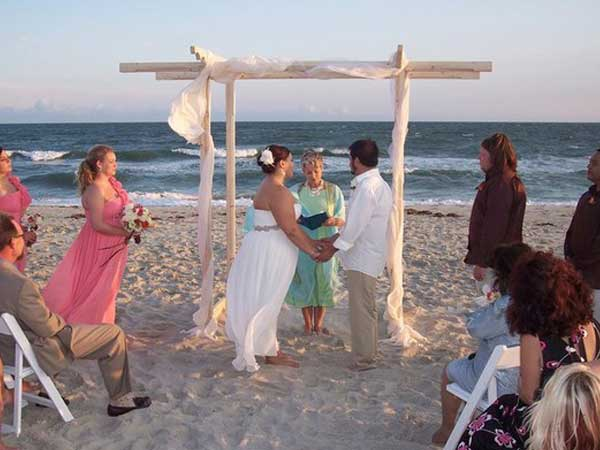 wedding-beach-officiant-wilmington